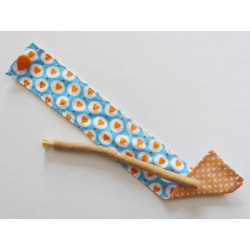 Siwak natural toothbrush and washable cotton pouch - HEARTS