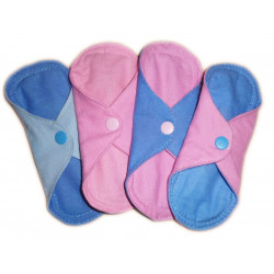 Reversible washable panty liner in cotton flannel