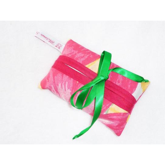 Tissue case PINK FLOWER